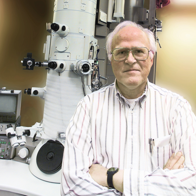 Robert Gleaser and electron microscope