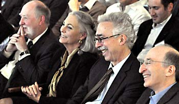 BIDS photo, Graham Fleming, Moore Foundation Vicki Chandler, Chancellor Dirks and BIDS director Saul Perlmutter
