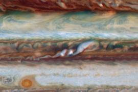 Plumes in Jupiter's atmosphere